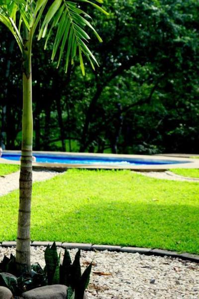 Hotel Pictures: Casa y Cabañas Que Bonito, Montezuma