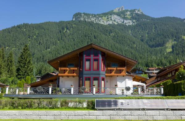 Foto Hotel: Ferienwohnung Biechl, Maurach