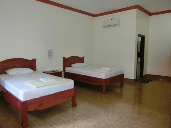 Twin Room with Airconditioning