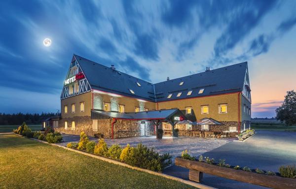 Hotel Pictures: Hotel Ján, Moldava