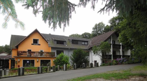 Hotel Pictures: Landhaus Heiderhof, Obersteinebach