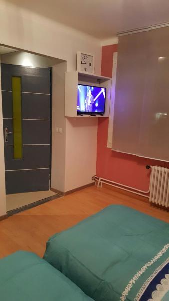 Hotel Pictures: Appartement Rolland Carraz, Chenôve