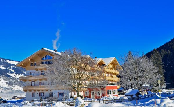 Fotografie hotelů: Hotel Grundlhof, Bramberg am Wildkogel