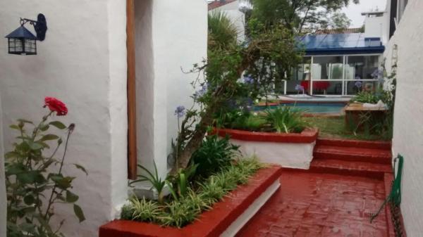 Hotel Pictures: Puente Melo, Vicente López