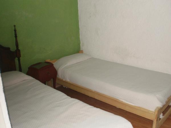 Hotel Pictures: Le Foyer, Vicente López