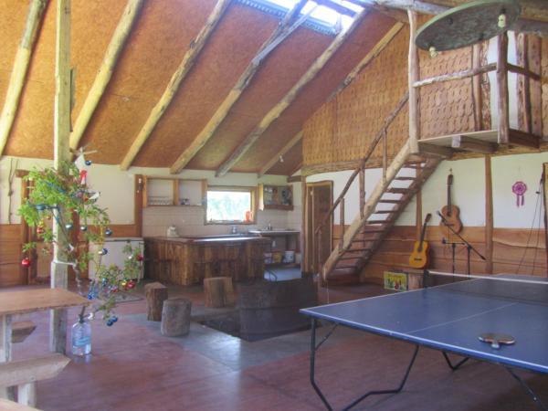 Hotel Pictures: Refugio Y Camping Las Torres Del Simpson, Puerto Aisén