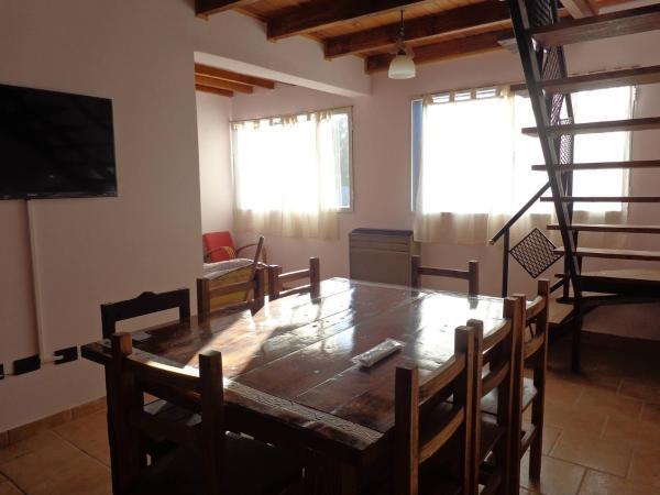 Hotel Pictures: Apart Altos Del Bolson, El Bolsón