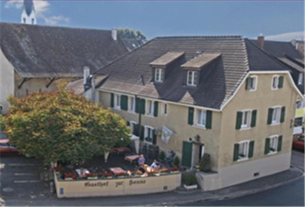 Hotel Pictures: Gasthof zur Sonne, Kaiseraugst