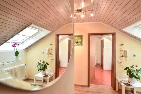 Hotelbilleder: Appartement/Ferienwohnung, Metzingen