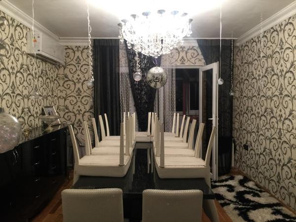 Φωτογραφίες: Erkin's house, Ganja