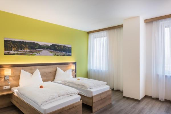 Фотографии отеля: Sleepin Premium Motel Loosdorf, Loosdorf
