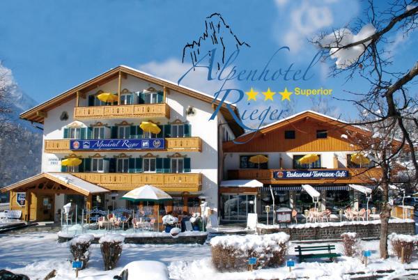 Hotel Pictures: Alpenhotel Rieger, Mittenwald