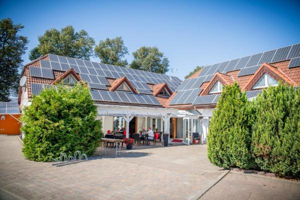 Hotel Pictures: Landhotel zum Baggernpuhl, Wachow