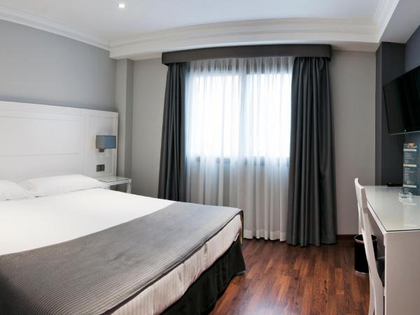 Hotel Pictures: UVE Alcobendas, Alcobendas