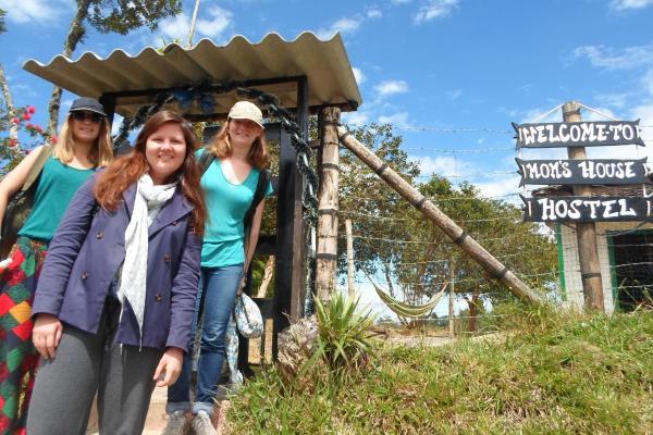 Hotel Pictures: Casa de Mamá Hostal, Guatapé