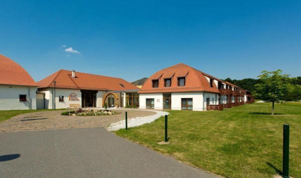 Hotel Pictures: Hotel Kloster Nimbschen, Grimma
