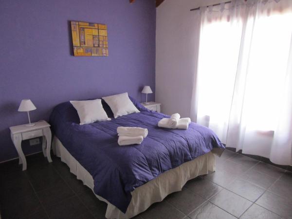 Foto Hotel: Los Saucos, El Hoyo