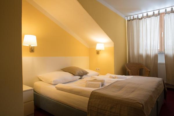 Hotel Pictures: Hotel Lesní Dům / Neuwaldhaus, Bayerisch Eisenstein