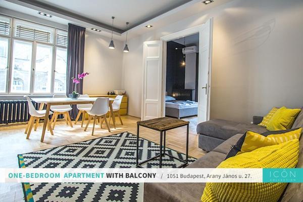Apartment with Balcony - 1051. Arany János utca 27.