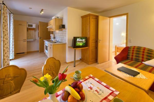 Hotel Pictures: Hotel-Pension Kräutle, Feldberg