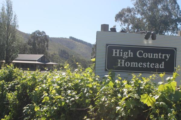 ホテル写真: High Country Homestead, ブライト