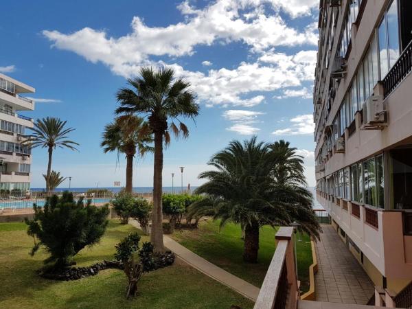 Hotel Pictures: Apartamento Aguila Playa, Playa del Aguila