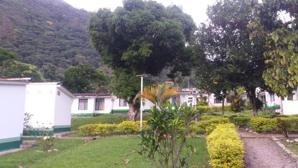 Hotel Pictures: Servituristicos La Esmeralda, Santa María