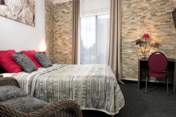 Hotel Pictures: Hôtel le Chardon Bleu, Sainte-Maxime