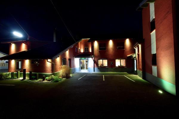 Hotel Pictures: Logis Le Relais Vosgien, Saint-Pierremont
