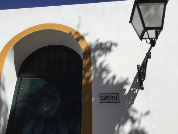 Hotel Pictures: El Garrotal, Gerena