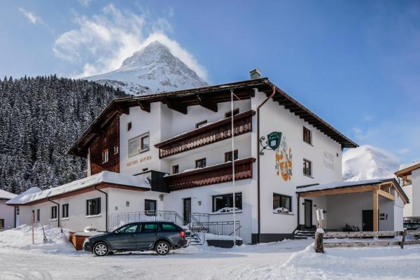 Foto Hotel: Hotel Alpina, Galtür