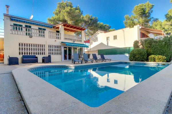 Hotel Pictures: Villa Sol, El Toro