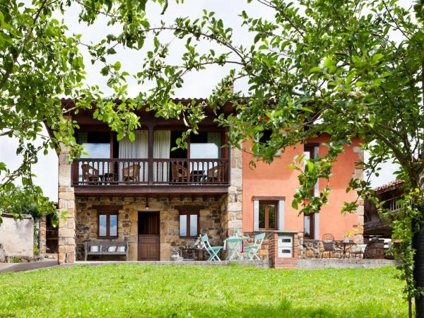 Hotel Pictures: Las Casitas del Viajero-Delfa, Torazo