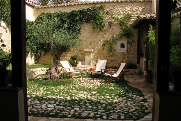 Hotel Pictures: La Carpintería Casa Rural, Romanones