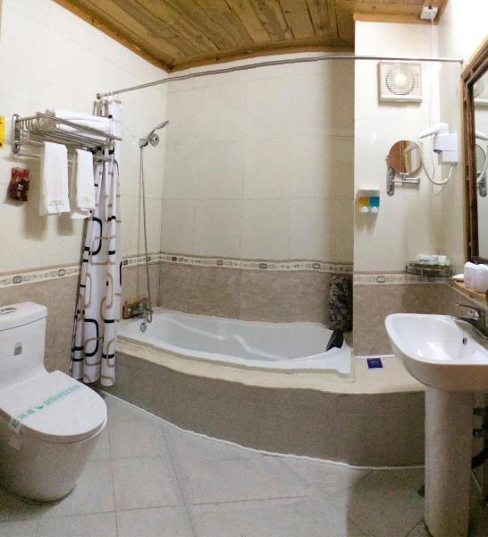 Hotel Pictures: Yangshuo Rosewood Inn, Yangshuo