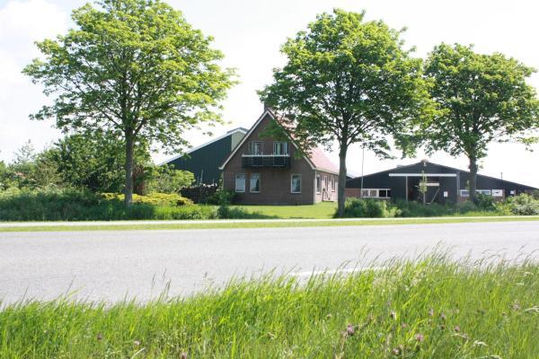Hotel Pictures: Vakantiehuis Boer Theun, Delfstrahuizen
