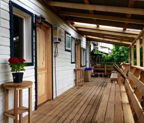Hotel Pictures: Hostal Casa Ranco, Lago Ranco