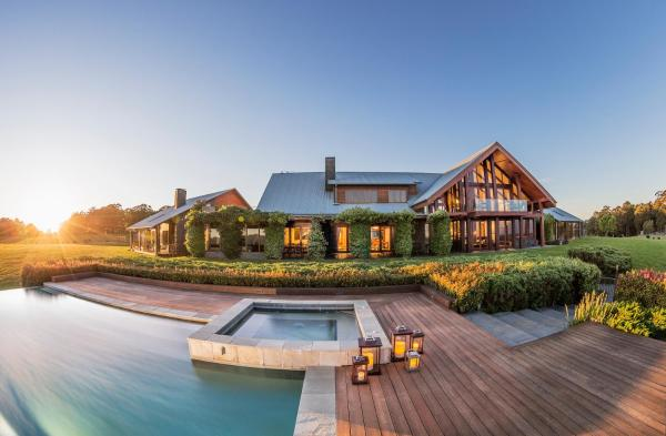 Foto Hotel: Spicers Peak Lodge, Maryvale