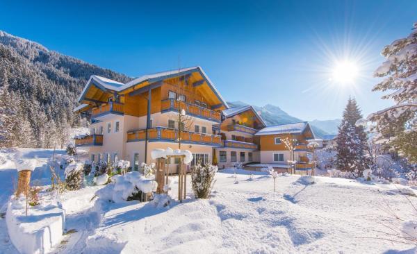 Foto Hotel: Hammerwirt - Forellenhof, Untertauern