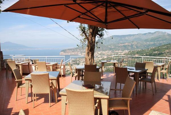 Hotel Pictures: Hotel Villa Fiorita, Sorrento