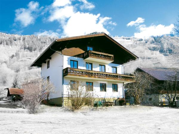 Фотографии отеля: Ferienwohnung mit Wlan & Balkon A 394.010, Maierhof