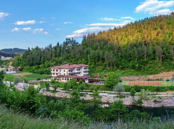 Fotografie hotelů: Complex Izvora, Srednogortsi