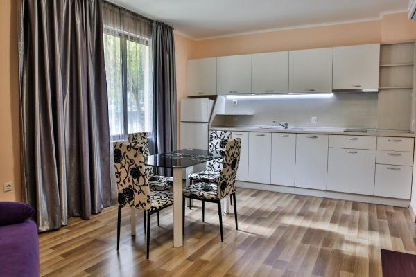 Фотографии отеля: Al Rial Beach Apartments, Шкорпиловци