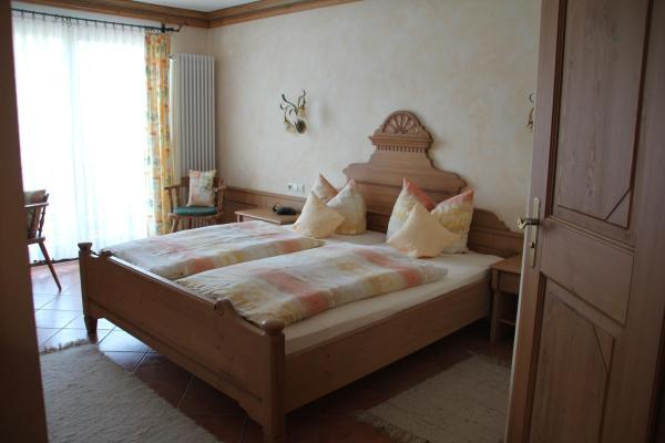 Hotel Pictures: Jagdhotel Sudetenhof, Lettgenbrunn