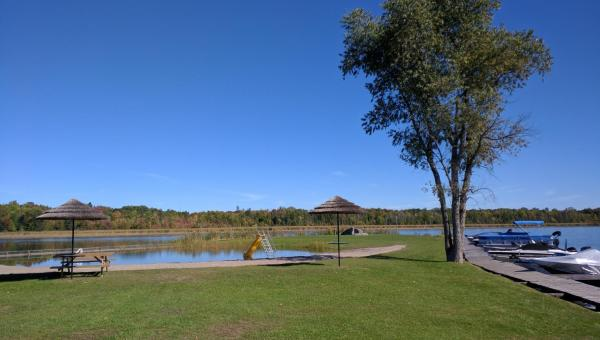 Hotel Pictures: Bell Haven Park Cottages, Bobcaygeon