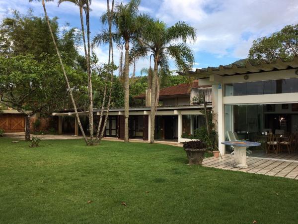 Hotel Pictures: Casa De Frente Para O Mar Caiobá, Caiobá