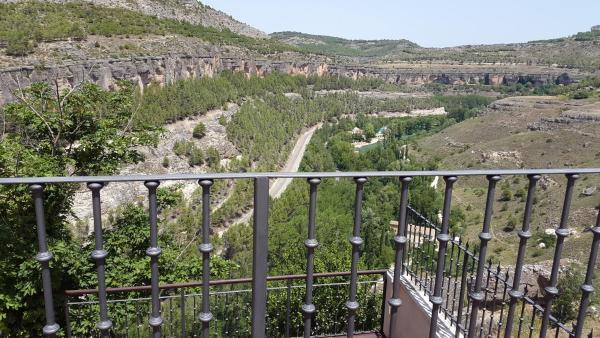 Hotel Pictures: Alizaque Lodge, Cuenca