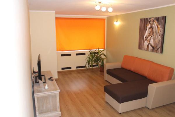 Hotel Pictures: Gerassimovi 14 Apartment, Narva