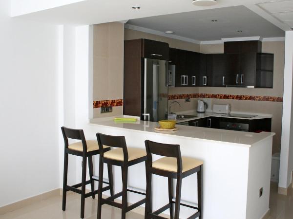 Hotel Pictures: Apartment Colina del sol 01.3, Empedrola