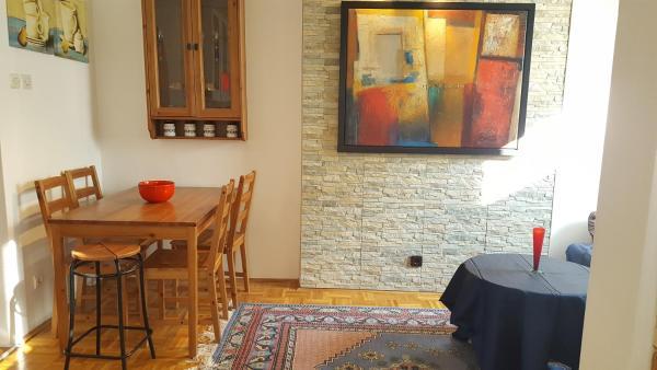 Hotelbilleder: Emina's Apartment, Sarajevo